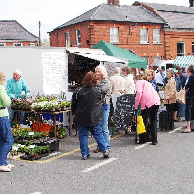 Aylsham Farmers Market, Market Place, Aylsham, Broadland, Norfolk | Aims to provide you with local produce at good prices, helping you reduce your food miles as well as your petrol bill! | aylsham, market, place, broadland, norfolk, farmers, monthly