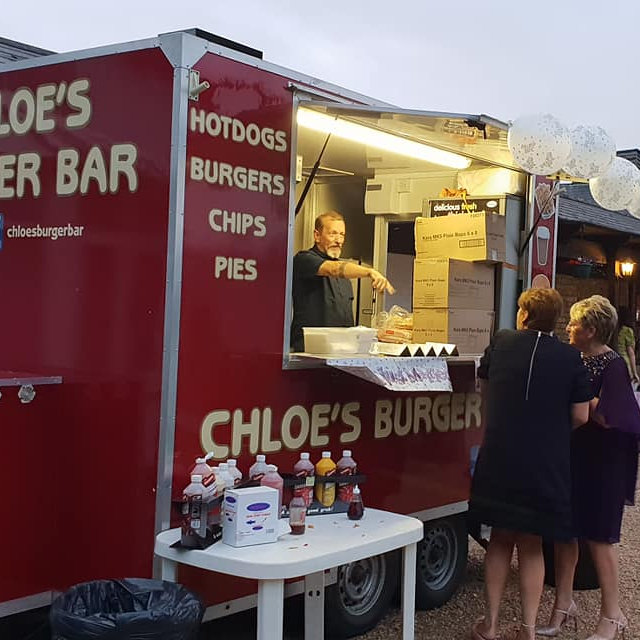 Chloe's Burger Bar - Offering burgers, hot dogs, chips, egg & bacon rolls and hot and cold drinks.