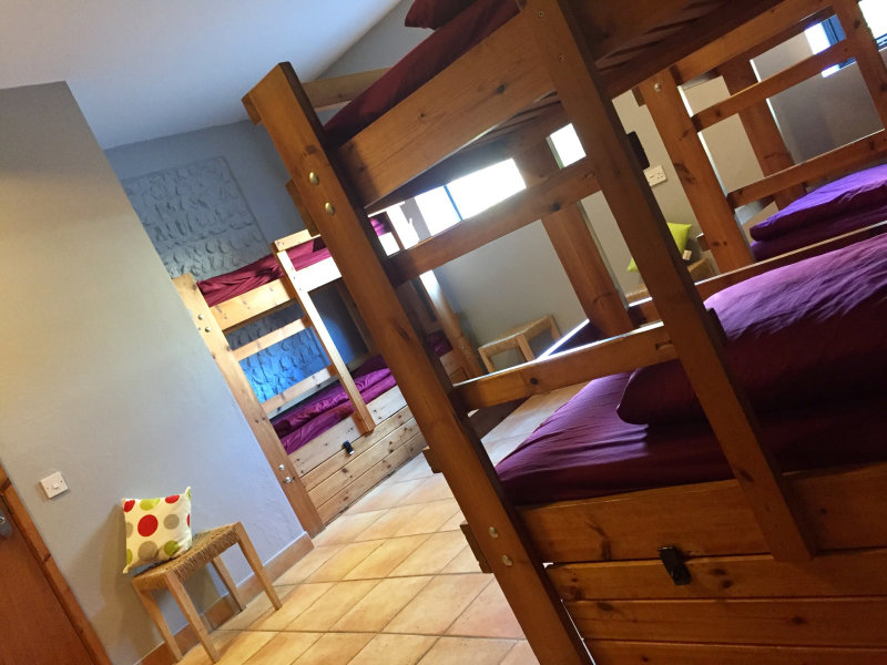 Dorm room (Male or Female), six or eight bunk beds, with an ensuite shower room - Deepdale Backpackers & Camping